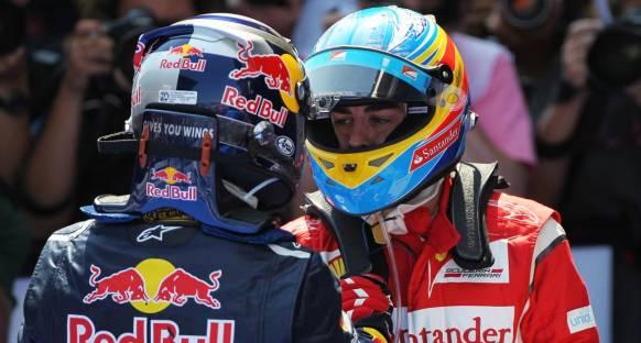 Hamilton: Alonso Ferari'ye liderlik ediyor