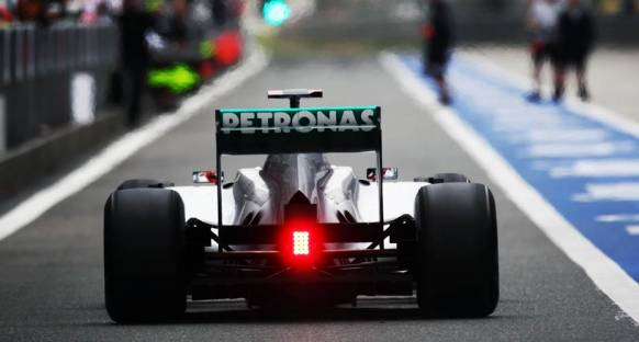 Schumacher yine drs'den muzdarip oldu