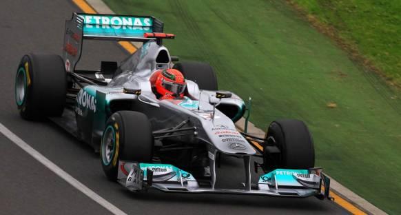 Schumacher güvenlik nedenleriyle yarışı bıraktı