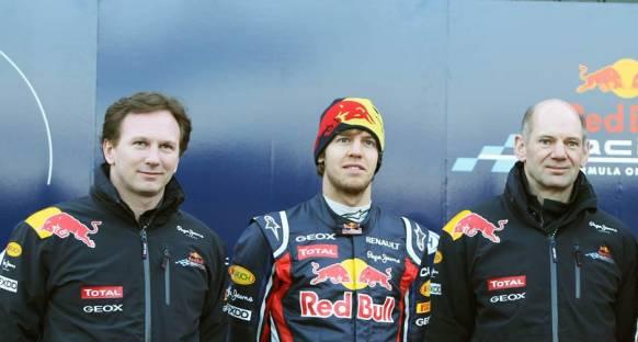 Vettel 2014 sonuna kadar resmen Red Bull'da