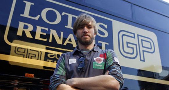Heidfeld, Renault ile Cumartesi piste çıkacak