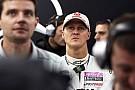 Schumacher F1'de pilot değil yönetici olarak devam edebilir
