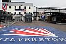 Mansell Silverstone'da yarış hakemleri heyetinde
