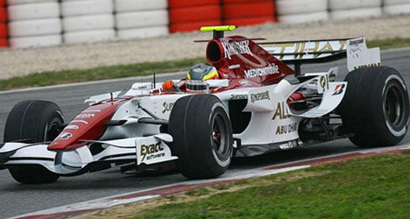 Force India yeni parçalar deneyecek