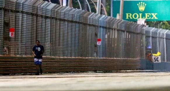 Piste Giren Taraftar, Polis Tarafından Tutuklandı