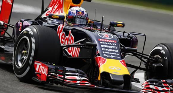Ricciardo'nun yeni motoru arızalandı
