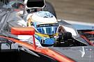 Alonso Cumartesi gününün zor geçmesini bekliyor
