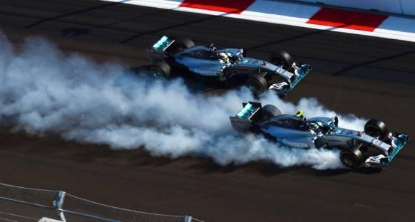 'Rosberg, Hamilton'ı pist üstünde yenmeli'
