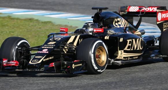 Grosjean: Lotus 2015'te istikrarlı olabilir