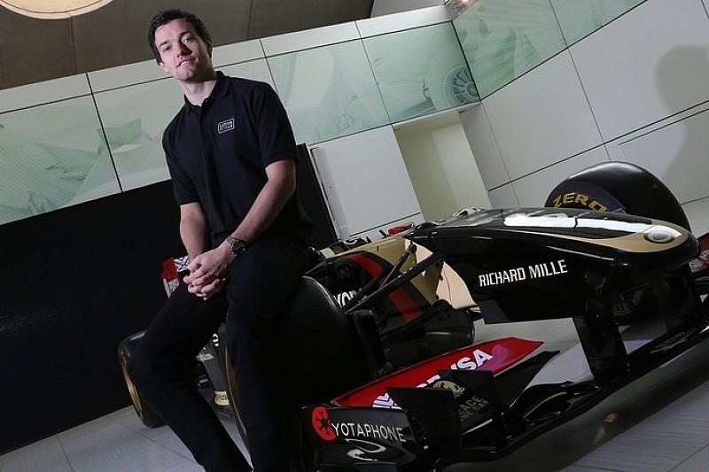 Джолион Палмер стал третьим гонщиком Lotus
