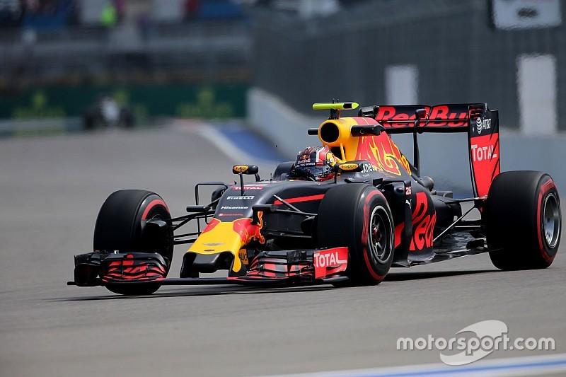 Kvyat decepcionado de la calificación pero optimista para la carrera