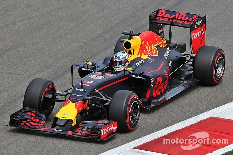 Риккардо рассчитывает побороться с Williams в гонке