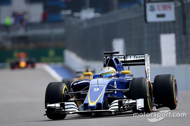 Sauber отказалась от тестов в Барселоне