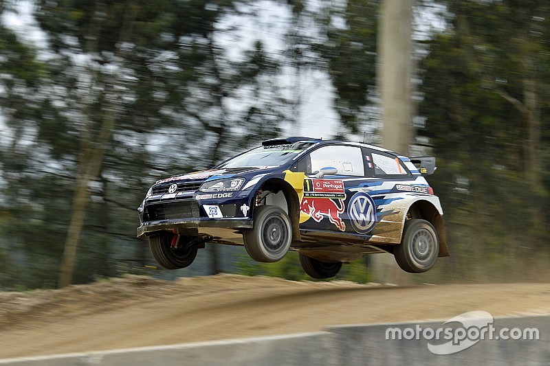 WRC Portugal: Ogier verslaat Neuville in Super Special