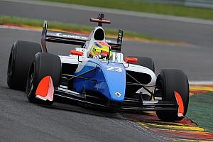 Формула V8 3.5 Репортаж з кваліфікації Спа Формула 3.5: Васів'єр виграв першу кваліфікацію