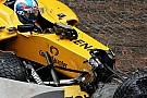 La FIA indaga sulla scocca della Renault che si è aperta a Monaco