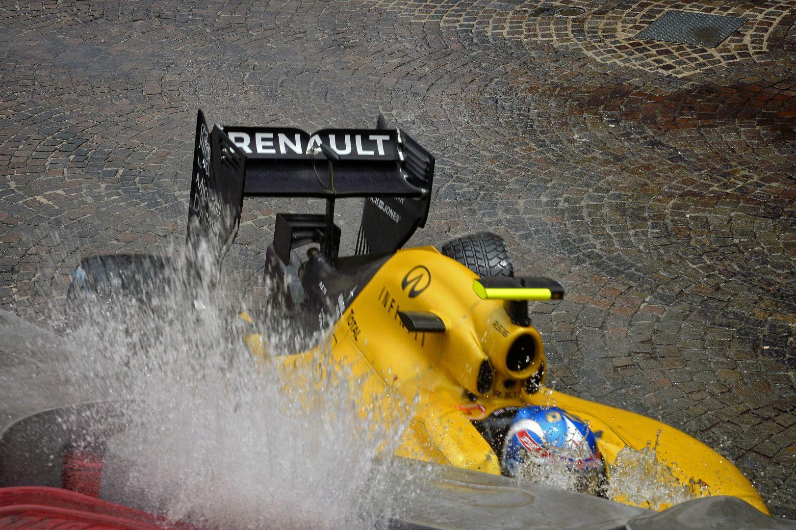 Képekben Palmer komoly autótörése Monacóból: ideje leváltani?