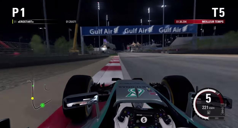 F1 2015: Gyors kör Hamiltonnal a villanyfényes Bahreinben