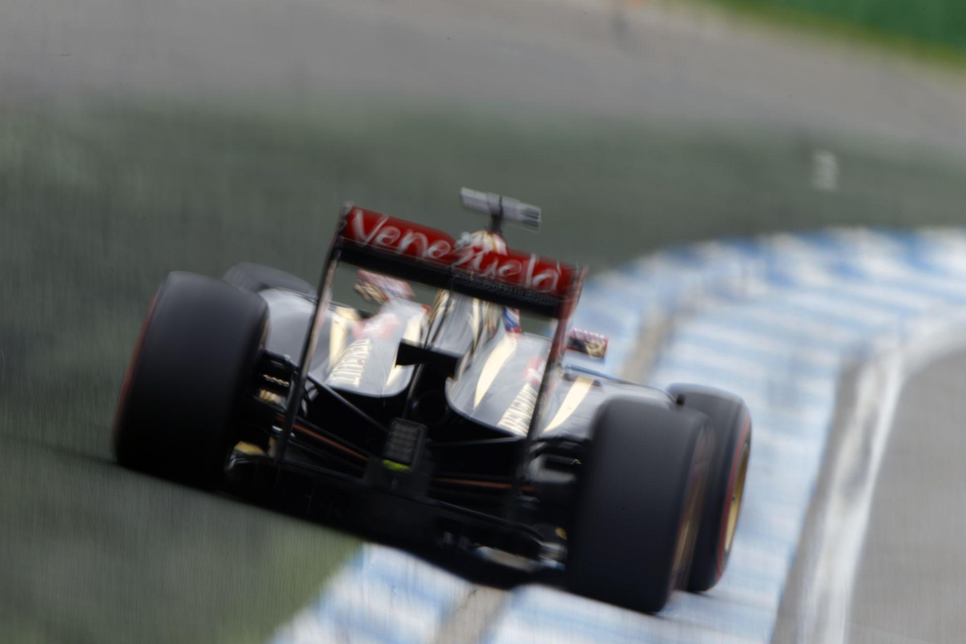 Így szól az Assetto Corsa szimulátoros játékában a Lotus-Renault V6-os turbója