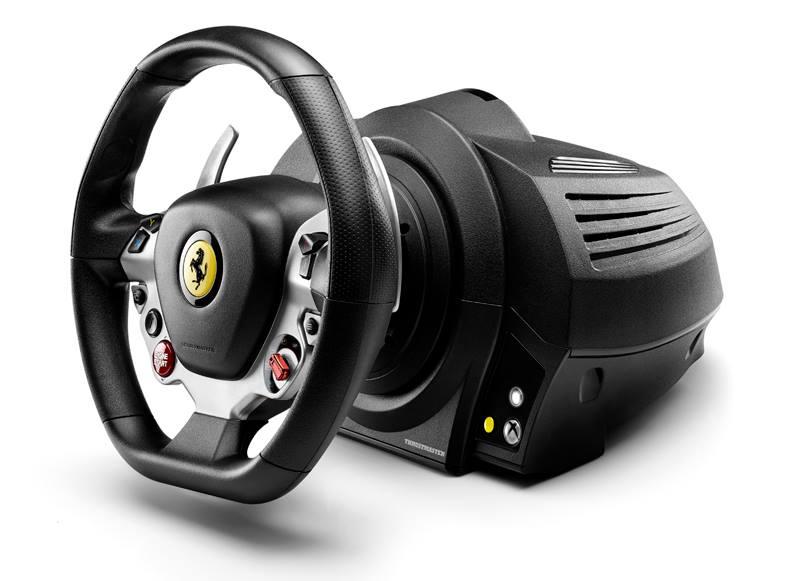Egészen közelről a Ferrari új kormánya: Thrustmaster TX