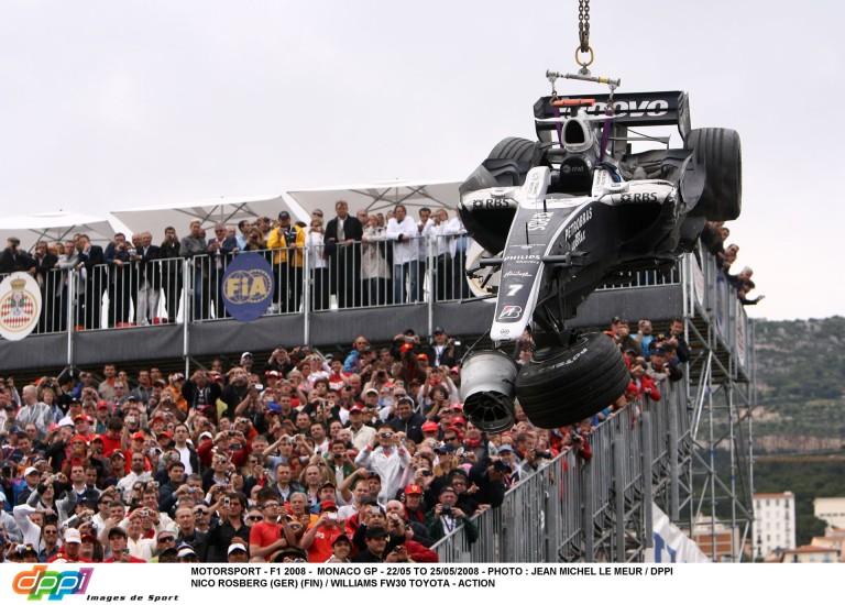 Pontosan erre várnak a Mercedes ellenszurkolói: Rosberg durván lezúzta a gépet Monacóban
