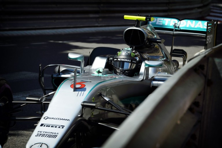 Rosbergnek ma mindennel baja volt Monacóban