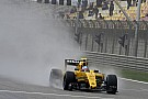 A Sauber a Renault-on röhög Kínában... a franciák a Q1-ben búcsúztak!