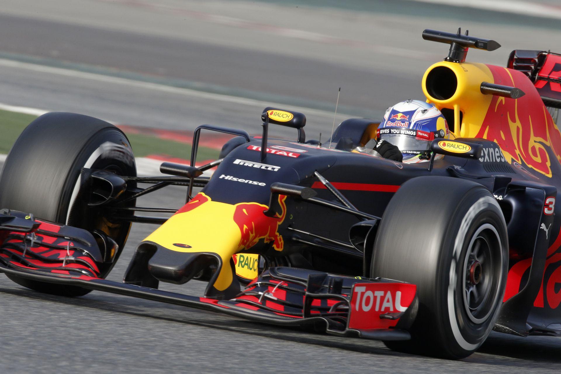 Barcelona – F1 2016: Kövesd élőben a második F1-es tesztnapot (LIVE)