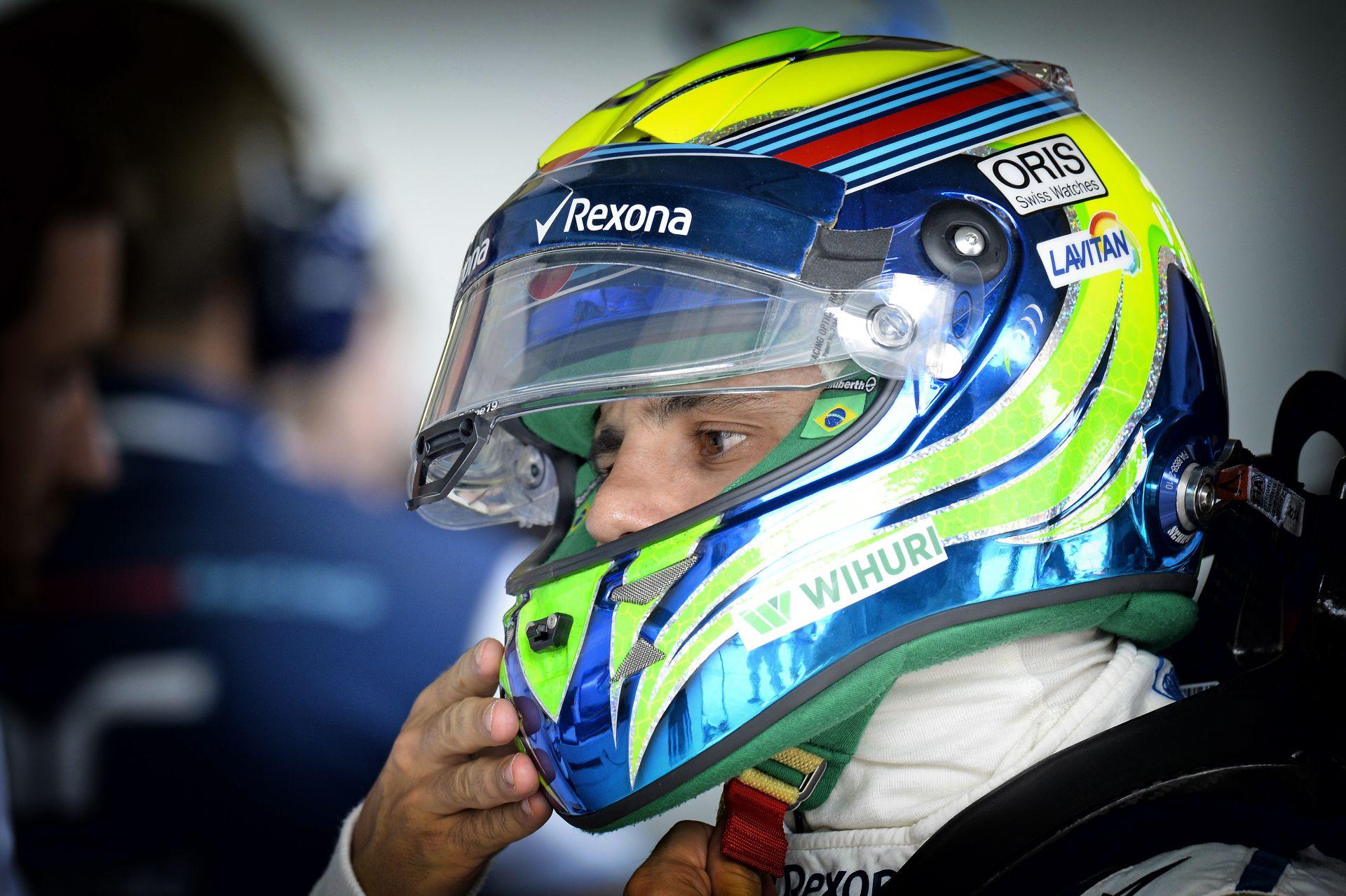 Fantasztikus képek érkeztek Massa nagy pillanatáról: Senna első F1-es autója