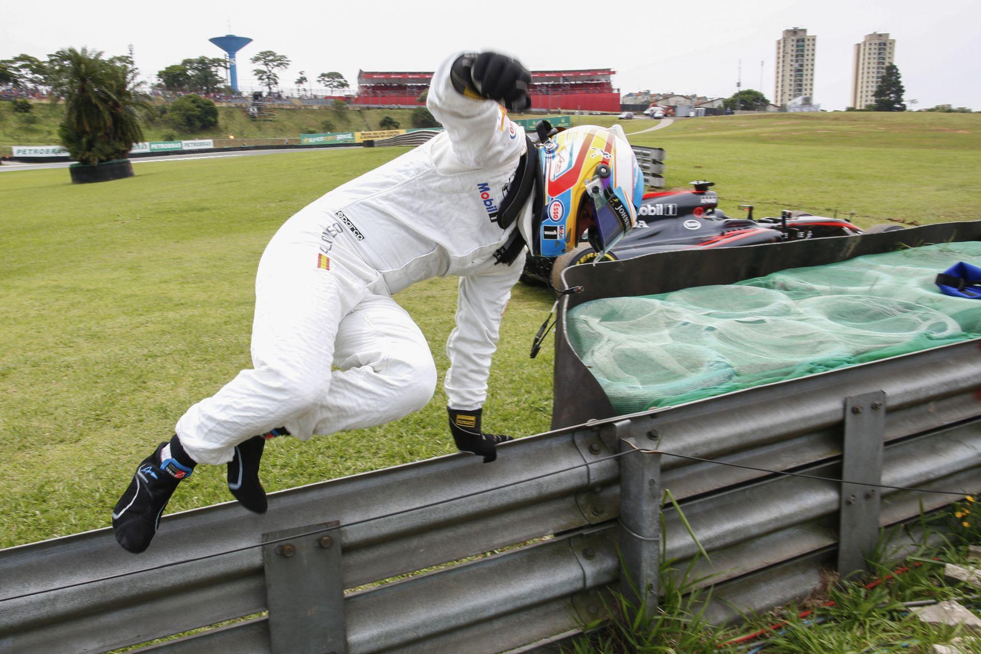 Óriási: Alonso beült Raikkönen mellé a Top Gear-ben! Ezen besírsz!