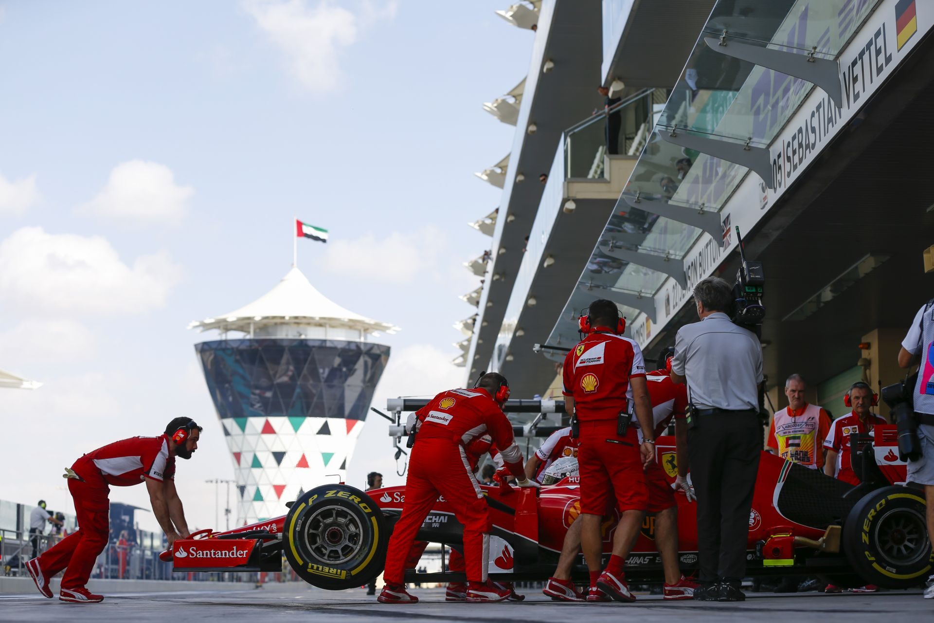 A Mercedes panaszt tett a Ferrari ellen: ismét a szélcsatorna és a Haas