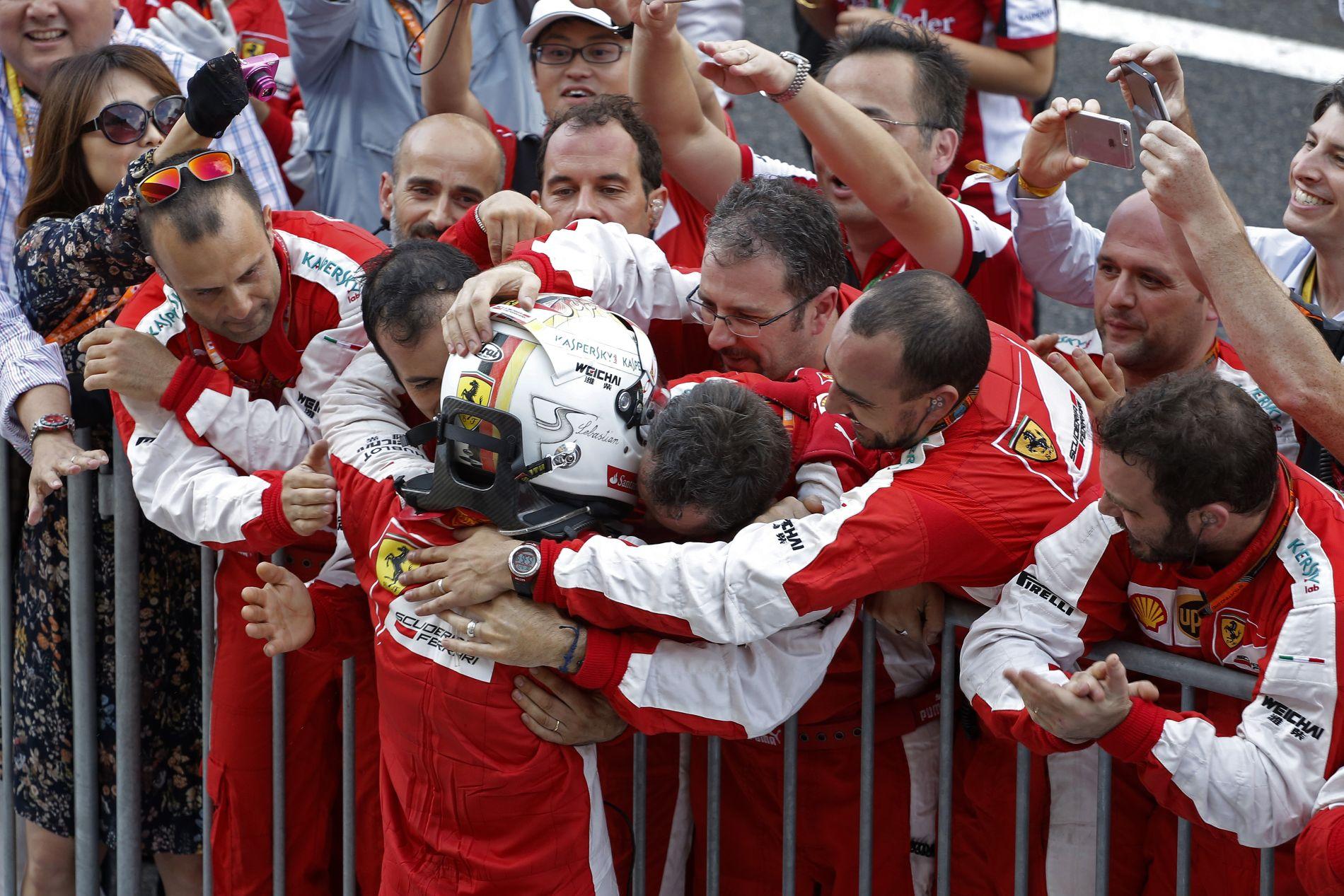 Vettelnek nagy szerepe van a Ferrari gyors fejlődésében