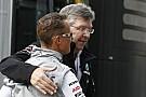 Brawn találkozott párszor Schumacherrel: lassú folyamat, a remény él