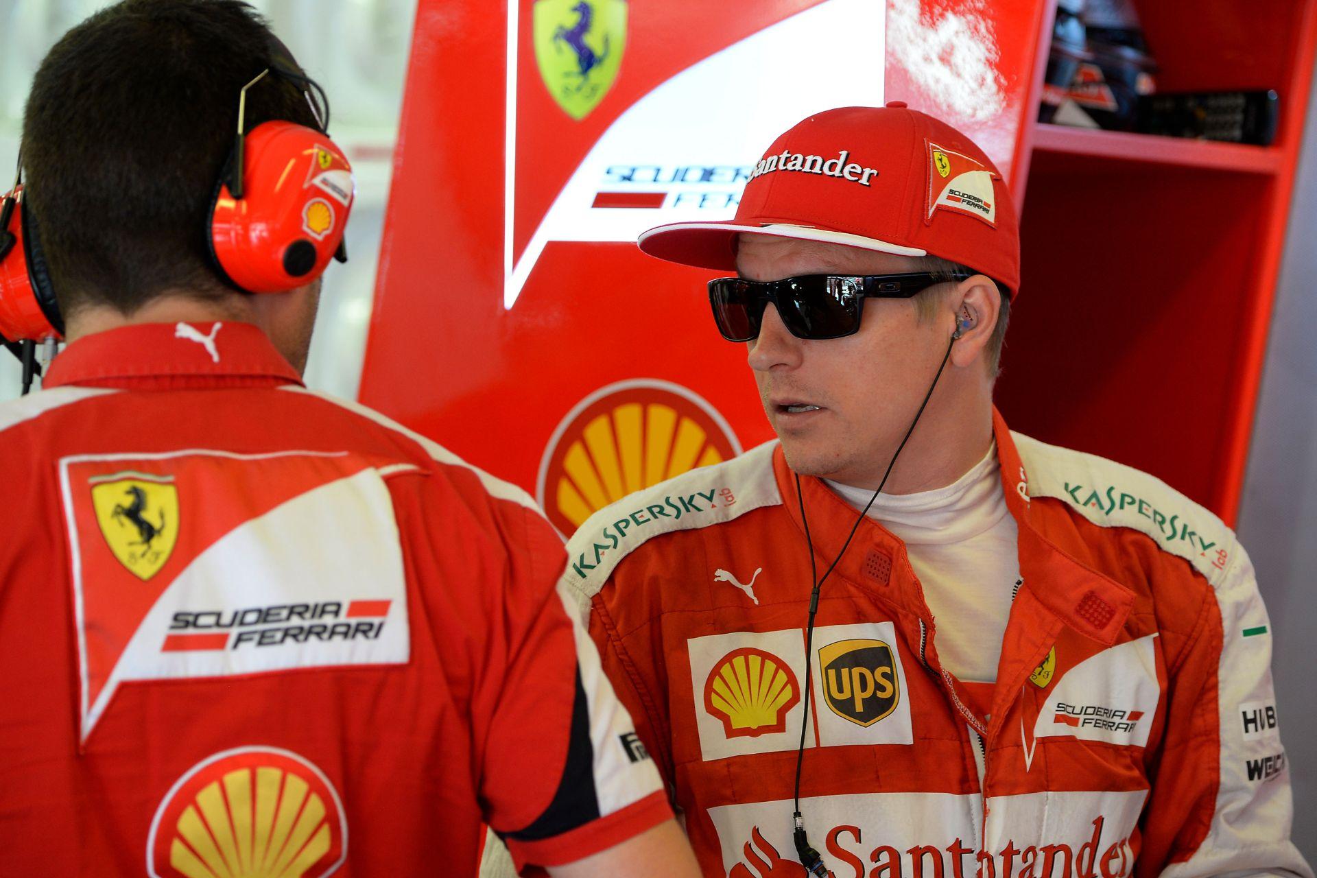Hakkinen szerint Vettelnek fel kell kötnie a gatyáját, mert Raikkönen visszatért