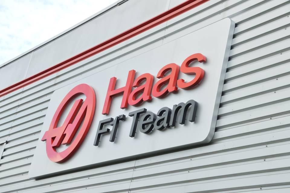 A Haas Racing már az első 2016-os teszten pályára gurul - legalábbis a Ferrari tervei alapján...