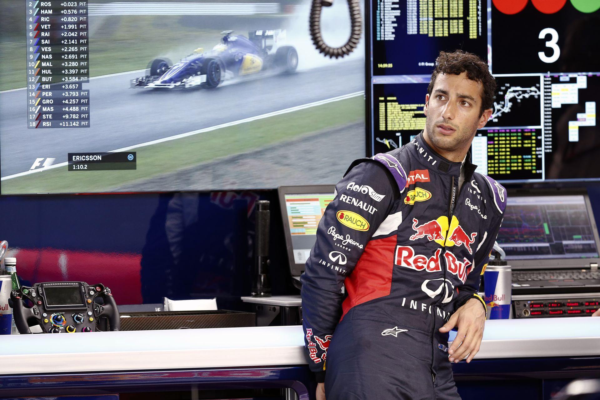 Ricciardo tudta, hogy Kvyat alatt nincs rendben a Red Bull: örül, hogy jól van az orosz