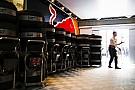 A Red Bull megerősíteni és cáfolni sem szeretné, hogy tárgyal az Aston Martinnal