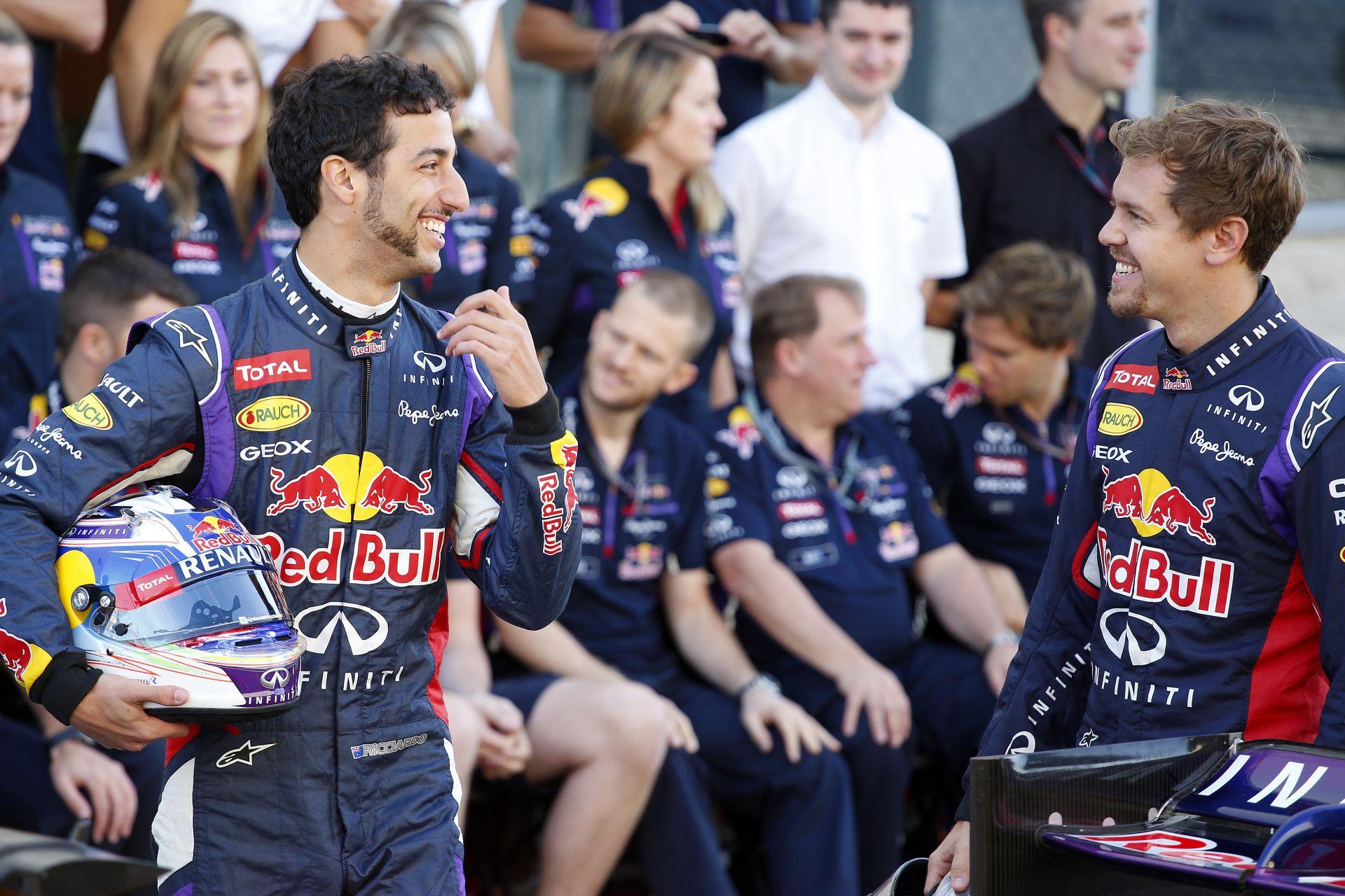 Vettel először vezetett gyenge autót a Red Bullnál, és rögtön ki is kapott Ricciardótól