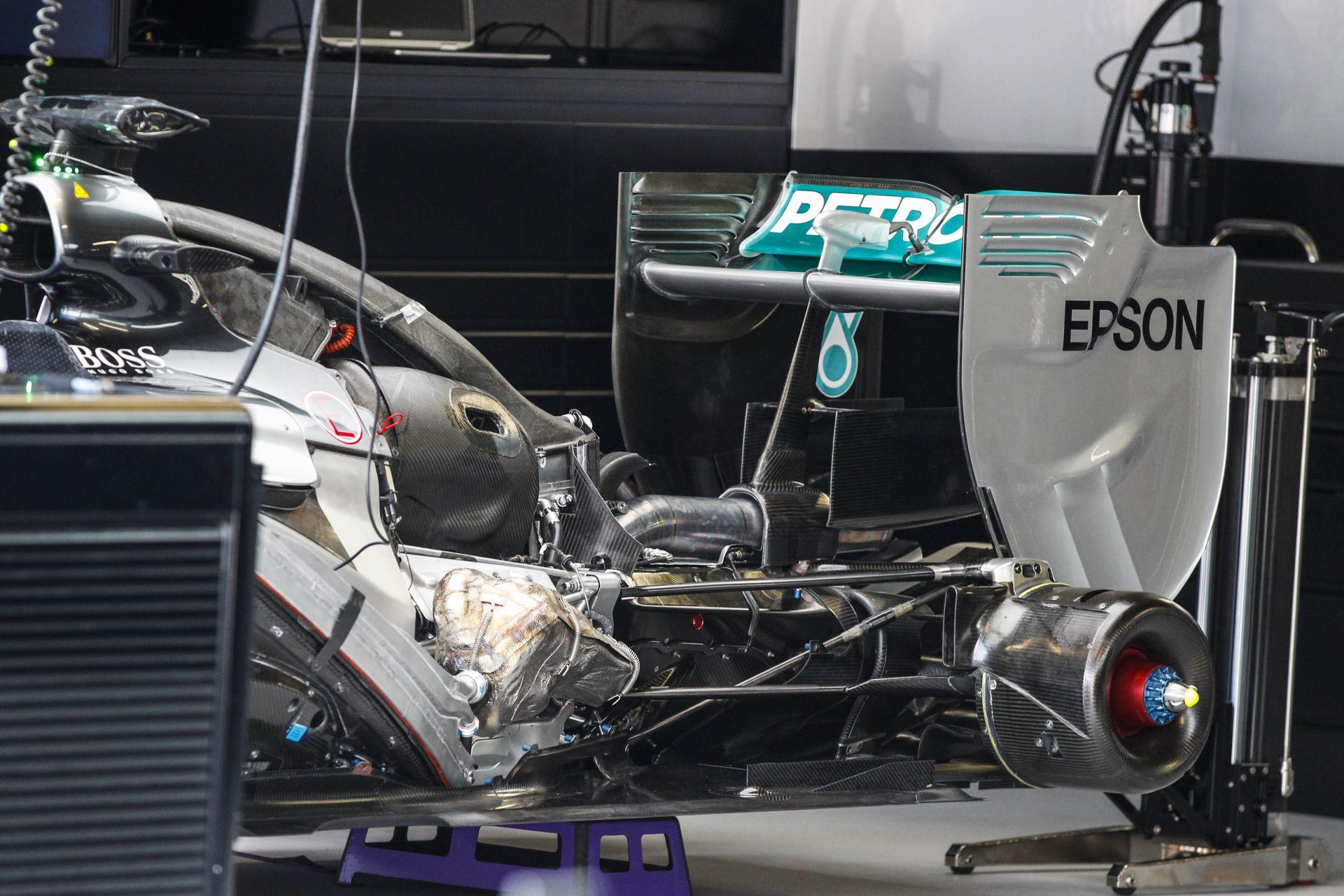 Az FIA lépett - 12 millió dolláros motorokat akarnak a Forma-1-ben!