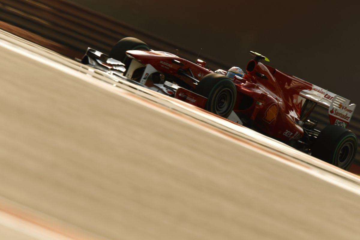 Alonso tanácsa a Mercedes-duónak: ne csináljátok utánunk, amit 2010-ben tettünk!