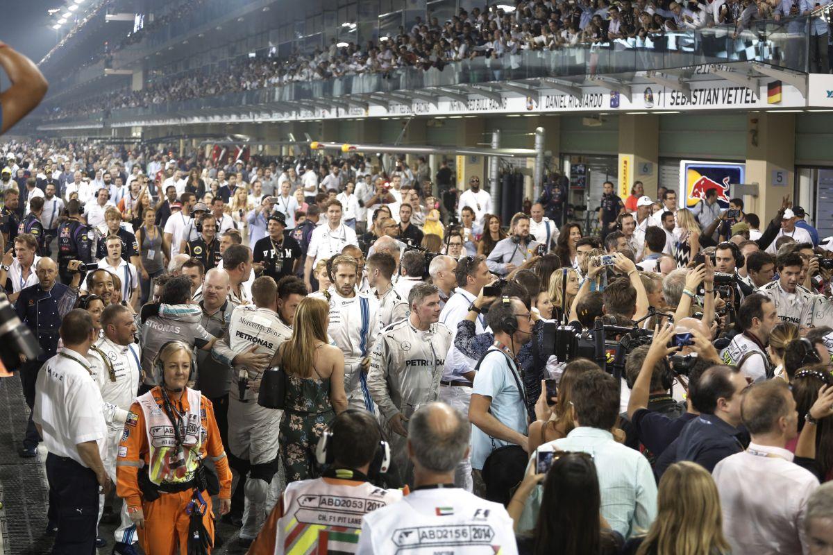 Döntött az F1 Commission: 2015-ben nem lesznek dupla pontok és állórajtok SC után