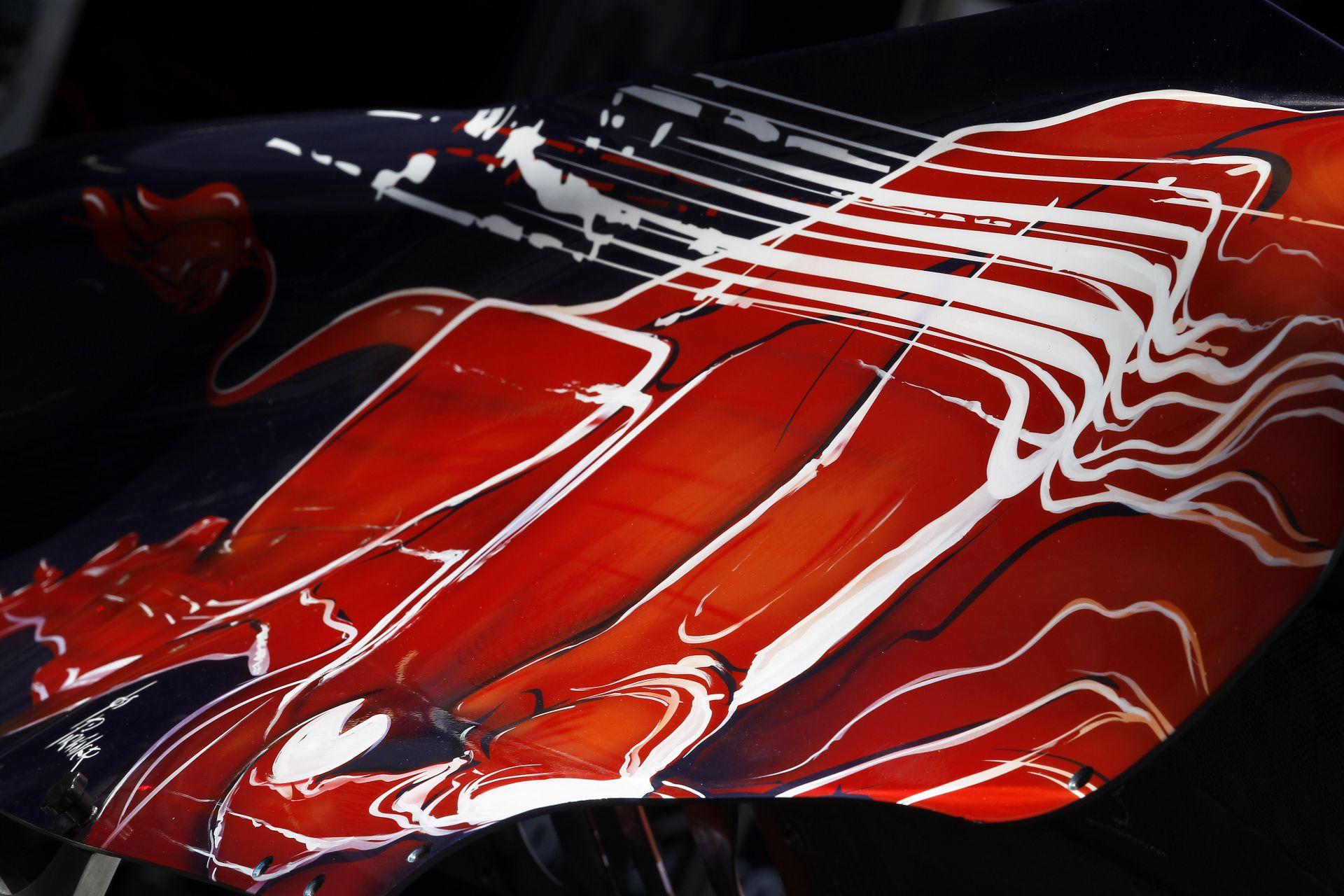 F1-es autóval tesztel Marco Wittman, a DTM és a BMW idei bajnoka