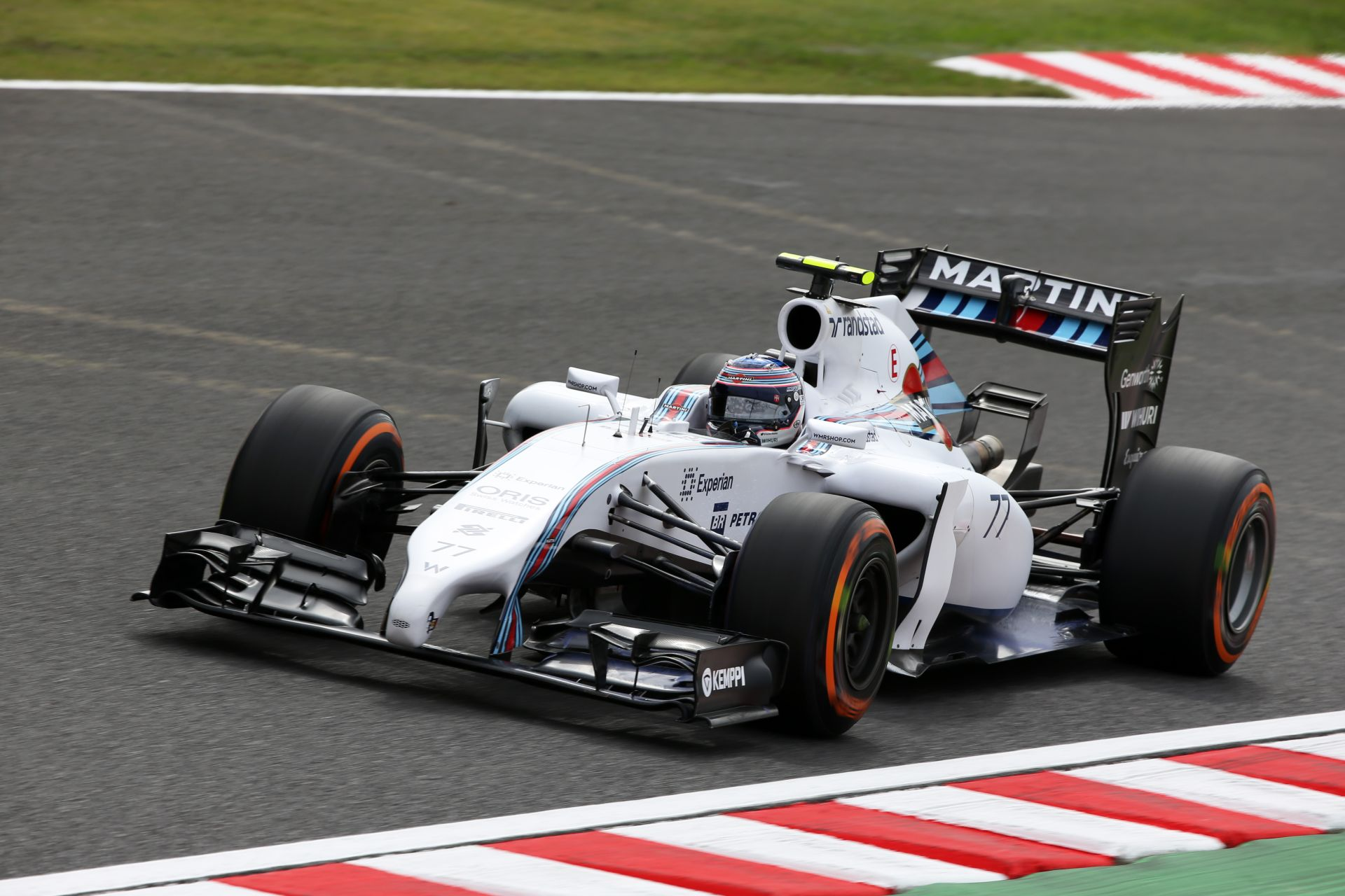 Bottas megfeszült a Williams volánja mögött, de így is messze volt a Mercedes