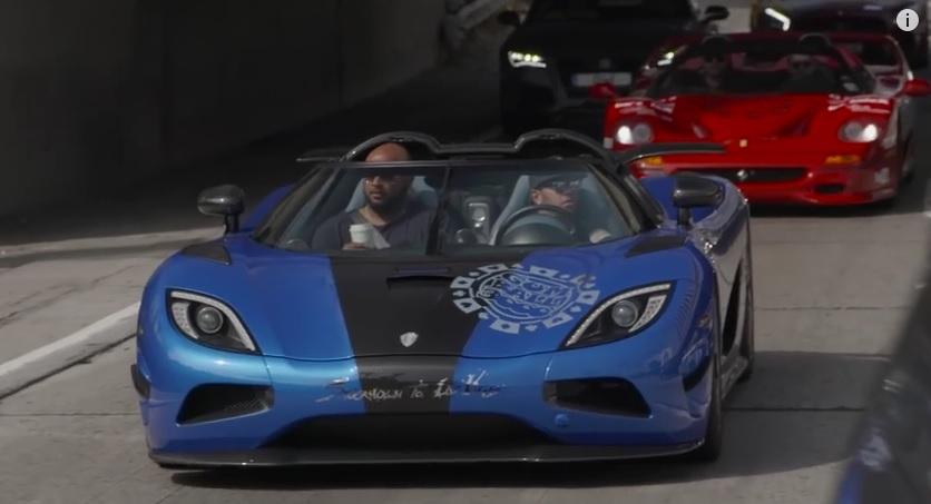 Hamilton egy Koenigsegg Agerával vett részt a Gumball3000-en, de előtte még egy kínos interjú