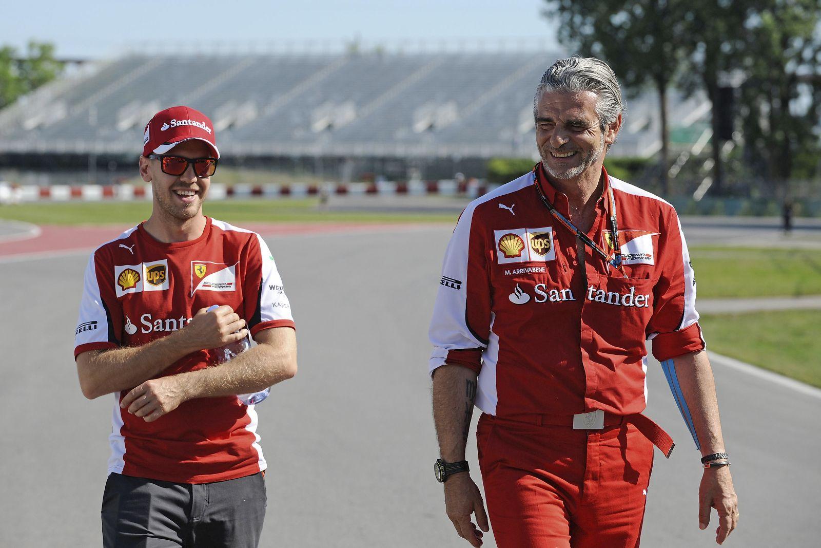 Remek hírek Vetteléknél: még idén érkezik a második gyerek!