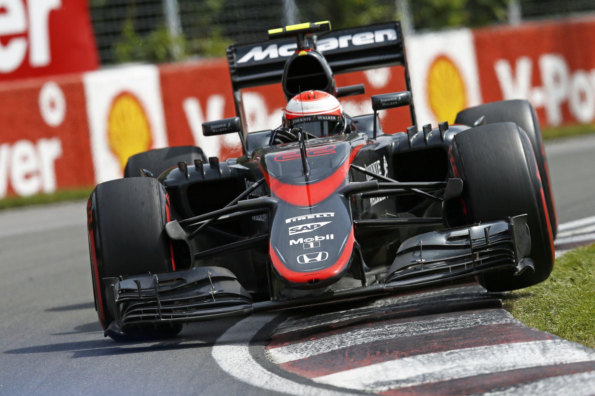 Újabb gyomros a McLarennek: Megint nem ment át a törésteszten a rövid orr