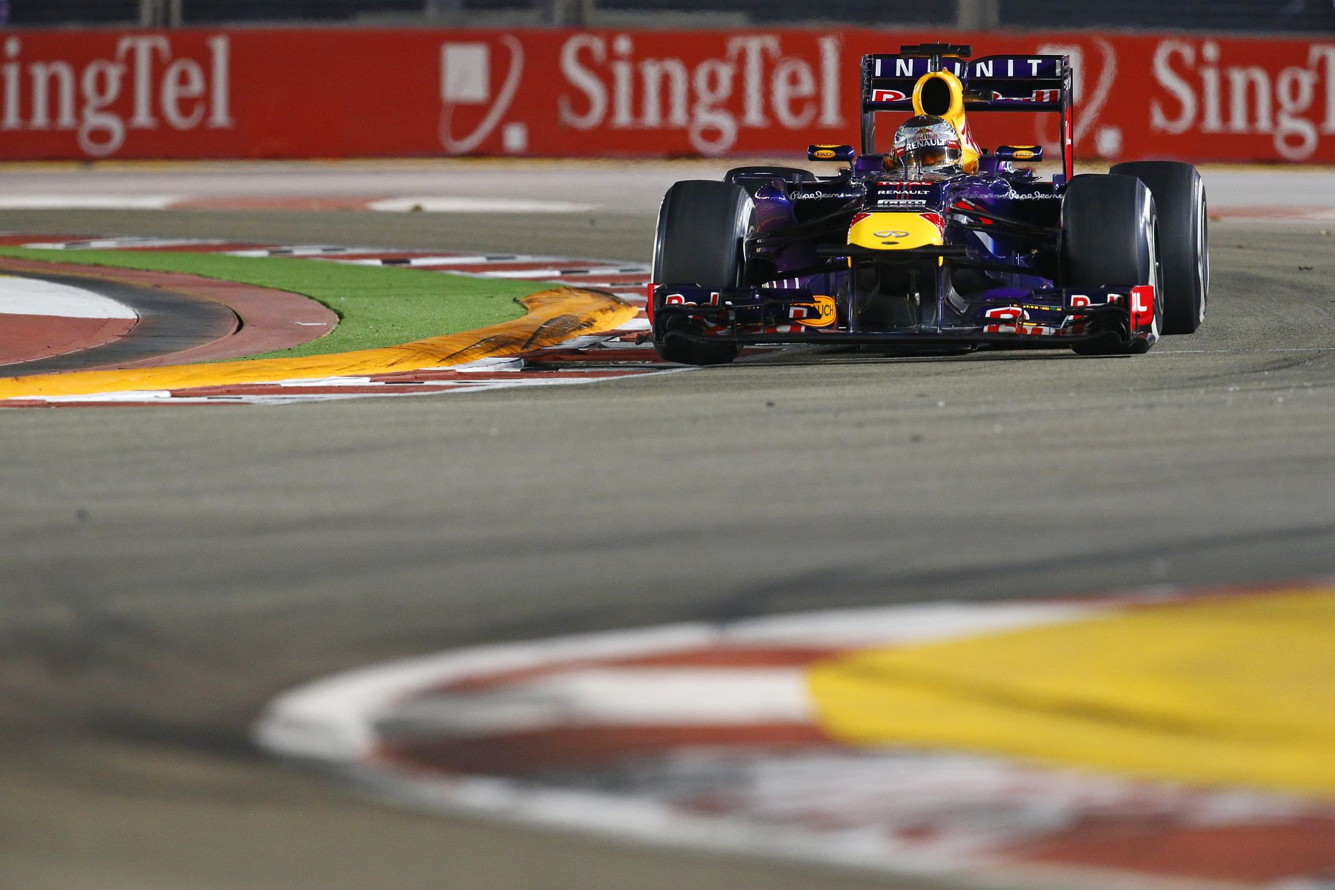 A Red Bull igazi esélyes lehet Szingapúrban?