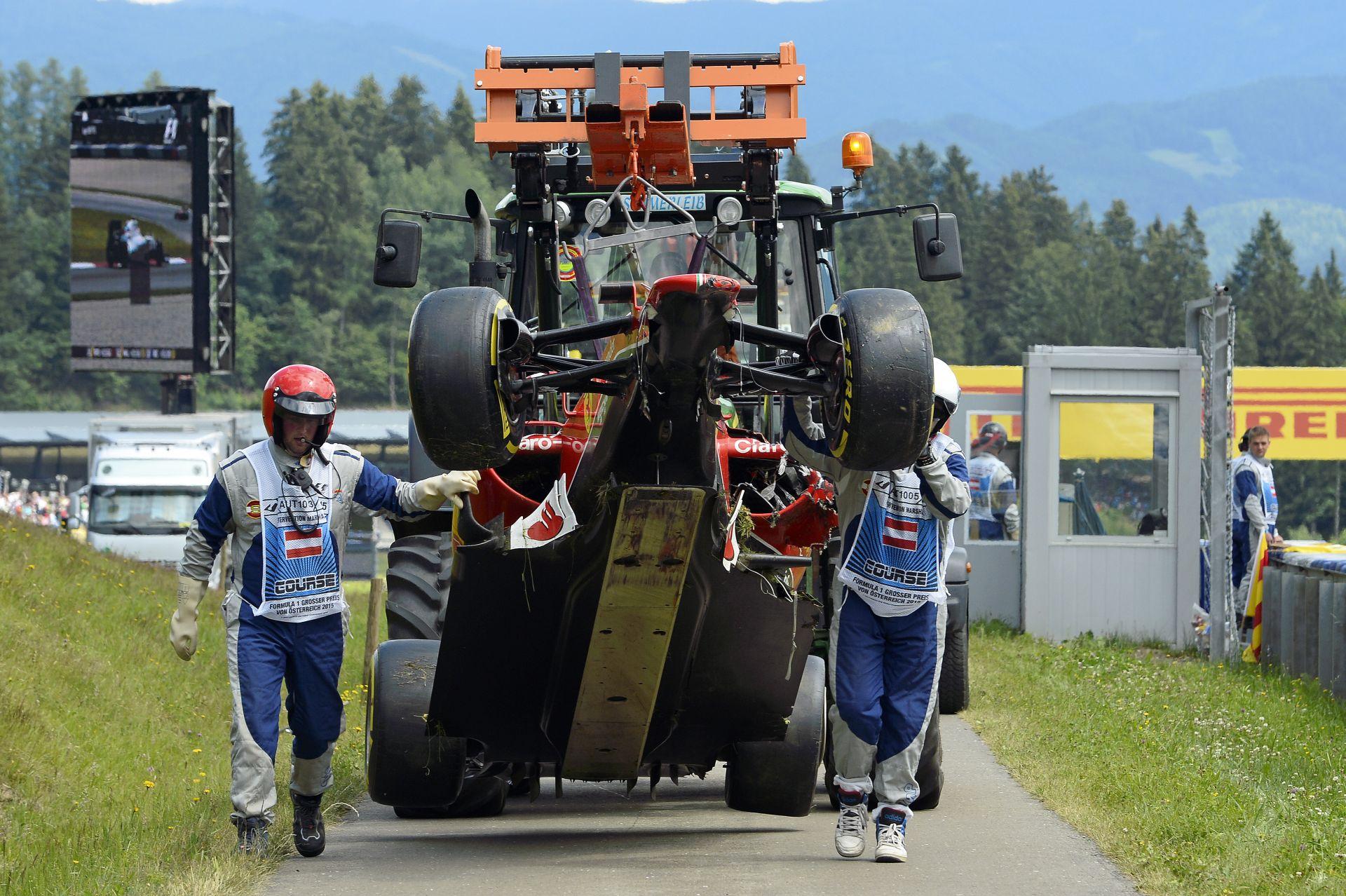 Kilassítva Alonso és Raikkonen nagy balesete a Red Bull Ringről: Két ember is életveszélyben volt