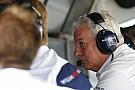 Az F1 nem kérdezi meg, mit élveznek az emberek: a versenyzők maguk cseréljenek kereket?!