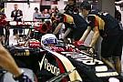 Grosjean kicsit unja már a banánt: átkozott motor, átkozott motor